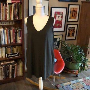Zenana sleeveless tunic with pockets!